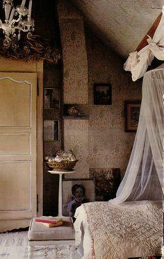 Victorian bedroom detail