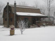 Country Cabin looks like a barn