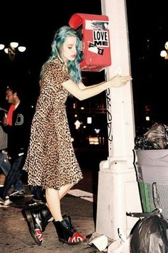 ♦via acid-velvet♦ i hate the shoes but the blue hair and leopard dress i love
