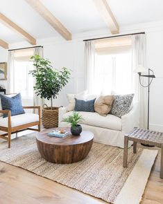 5 Excellent ideas: Simple Natural Home Decor Colour all natural home decor.Natural Home Decor Living Room Sofas natural home decor earth tones texture.Natural Home Decor Living Room Color Palettes. Coastal Living Rooms, Boho Living Room, Living Room Interior, Living Room Decor, Cozy Living, Living Spaces, Natural Living Rooms, Interior Paint, Feng Shui Living Room Layout