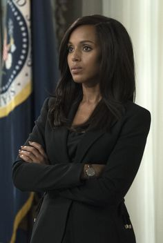 "Olivia Pope (Kerry Washington) in Scandal 7x01 ""Watch Me"""