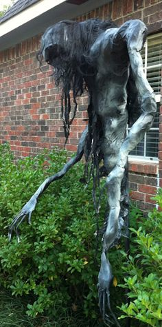 The Kingwood Asylum Scarecrow Tutorial « Kingwood Asylum – Haunted House