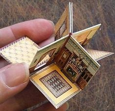 How To Make A Folding Dolls' House Papercraft - Tutorial With Templates - by Open House Miniatures - Papier - Origami Handmade Books, Miniture Things, Paper Toys, Miniature Dolls, Miniature Houses, Book Making, Bookbinding, Mini Books, Dollhouse Miniatures