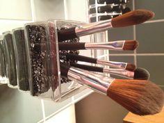 Makeup Brush Organization: Pebbles in a vase. #makeup #organization