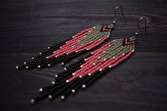 Pink fringe earrings, seed beaded earrings, native american inspired jewelry, boho gypsy earrings, h Beaded Earrings Native, Beaded Earrings Patterns, Tribal Earrings, Fringe Earrings, Jewelry Patterns, Beading Patterns, Seed Bead Jewelry, Seed Bead Earrings, Diy Earrings