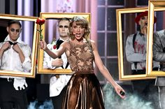 Blank Space at the 2014 AMAs.