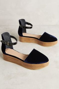 ad24ffea Hoss Intropia Velvet D'Orsay Platforms Navy 39 Euro Flats Zapatos Andrea,  Alpargatas,