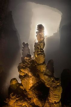 Inside The World's Biggest Cave System - Hang Son Doong