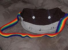 I made another Noah's Ark for @Jen Lehmann and @Charles Lehmann's baby.  I want to make one for my kid now, but don't want to repeat the ark pattern.  I like that this is a bag!