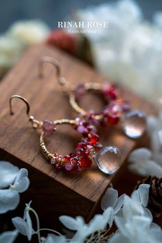These are cute hand wrapped gemstone hoop earrings made with clear quartz, garnet, strawberry quartz and rose quartz. *** #handmadeearrings #hoopearrings #earrings #jewelry #handmadejewelry #etsyshop #womensfashion #uniquejewelry Diy Gifts For Him, Valentines Gifts For Him, Birthday Gift For Him, Gifts For Teens, Hippie Style, Boho Style, Clear Quartz, Rose Quartz, Gypsy Living