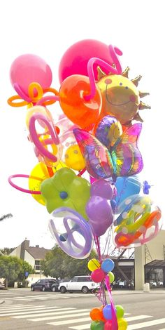 World's Best Bouquets — World's Best Balloons Big Balloons, Birthday Balloons, Baby Shower Bouquet, It's Your Birthday, Happy Birthday, Sims Baby, Molly Sims, Let The Fun Begin, Balloon Bouquet