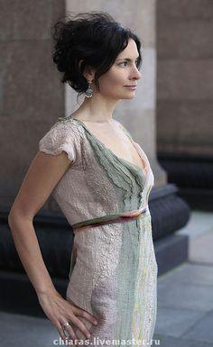Купить или заказать Авторское платье 'ампир' в интернет-магазине на Ярмарке Мастеров. Легкое, летнее, незабываемое) много шелка, очень мало шерсти. Ручного крашения шелковая бархатная тесьма делает это платье еще более неповторимым) Длинна может быть откорректирована в сторону…