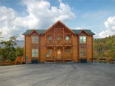 Smoky Mountain cabin that was the site of our 2010 family vacation.  Like heaven!  Return trip?  Yes, please!
