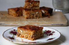 Honey, apricot and almond cake with sweet potato