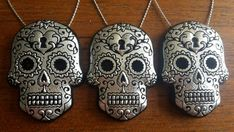 black Sugar skulls with hearts, finished with genuine silver leaf. Day of the dead, Gothic decor. Skull Decor, Halloween Trees, Metal Pins, Sugar Skulls, Handmade Items, Handmade Gifts, Tree Decorations, Christmas Tree Ornaments, Hearts