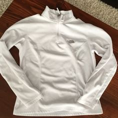 North face Fleece have zip sweater Originally from Nordstrom, Like New, lightly worn white pullover fleece. North Face Sweaters Crew & Scoop Necks