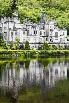 7 FAIRYTALE CASTLES IN IRELAND