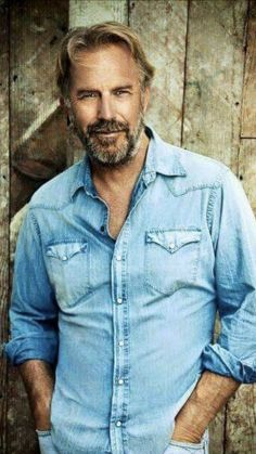 Picture of Kevin Costner Gorgeous Men, Beautiful People, Photo Souvenir, Kevin Costner, Actrices Hollywood, Raining Men, Older Men, Ms Gs, Famous Faces