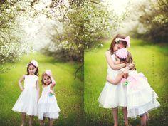 Gyönyörű koszorúslány és alkalmi gyerekruha, akár az általad válaztott színben és méretben is. www.milibaby.hu