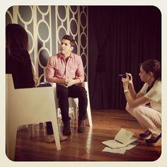 Entrevista a @julioreguia de Reik. Sharp Dressed Man, Every Girl, Men Dress, Interview