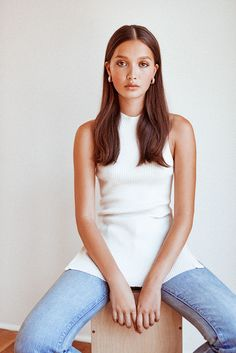 How To Wear Your Hair Behind Your Ears | Into The Gloss