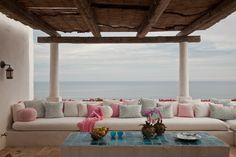 Designer, Patti Skouras - Architect, Marc Appleton --- beyond beautiful!