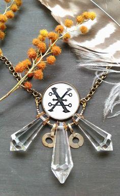 Wiccan jewelry. Copper symbol: love, balance, feminine beauty, and artistic creativity. www.oddfibulae.com