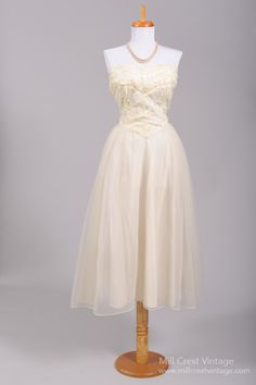 1950 Embroidered Sequin Vintage Wedding Dress