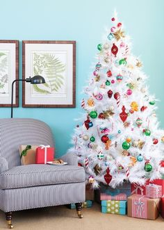 I know I am getting a white tree, and I thought I would do metallic accents. However, this white christmas tree with rainbow is so fun!