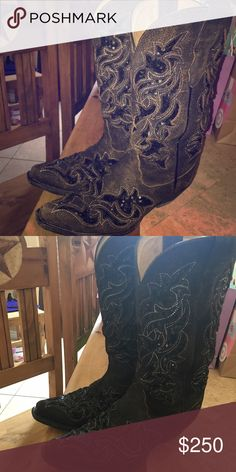 Corral Boots Corral Boots in great condition. I'm sad that I'm needing to get rid of these, paid over three hundred. Twisted my ankle and haven't been able to wear these since. corral Shoes