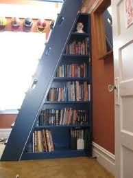 loft stairs with bookshelf Bookcase Stairs, Loft Stairs, Basement Stairs, Tiny House Stairs, Tiny House Plans, Stair Ladder, Stair Idea, Ladder Shelves, Flooring For Stairs
