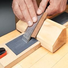 Sharpening Tricky Angles | Woodsmith Tips