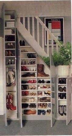 Woodworking For Kids Small Spaces Sides of stairs as shelving and back as pull out closet.Woodworking For Kids Small Spaces Sides of stairs as shelving and back as pull out closet Staircase Storage, Stair Storage, Understairs Shoe Storage, Staircase Bookshelf, Understairs Ideas, Cabinet Storage, Space Under Stairs, Shoe Storage Under Stairs, Under The Stairs