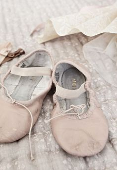 little ballet slippers.I took ballet for 10 years and made it to pointe. Pointe Shoes, Ballet Shoes, Dance Shoes, Ballet Feet, Ballerinas, Vintage Ballet, Vintage Shoes, Pink Lingerie, The Blushed Nudes