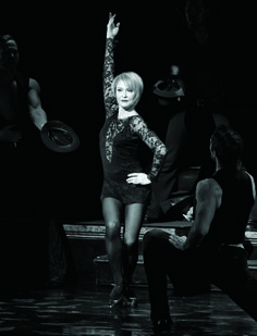 Tracy Shayne as Roxie Hart (2004)
