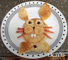 Easter Bunny Pancake from TheJoysofBoys.com #Easter #Breakfast #pancakes