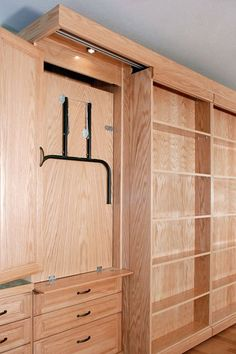Add a Murphy Bed, with Drop-Down Table, into YOUR Craft Room Whether your hobby is crafts, quilting, Awesome Woodworking Ideas, Best Woodworking Tools, Woodworking Organization, Japanese Woodworking, Woodworking Joints, Woodworking Patterns, Woodworking Workbench, Woodworking Workshop, Woodworking Furniture