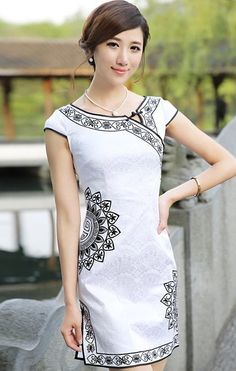 Modern Reformed Cheongsam Day Dress with Floral Embroidery Cheongsam Modern, Casual Dresses, Fashion Dresses, Oriental Dress, Cheongsam Dress, Dress Making Patterns, Batik Dress, Chinese Clothing, Elegant Outfit