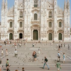 Piazza del Duomo, Milan by k.kunstadt, via Flickr