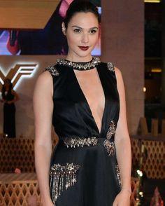 Gal Gadot -Wonder Woman Premiere in Mexico City  #wwceleb #galgadot