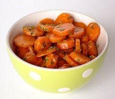 Salada de cenoura com cominhos