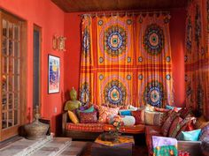 If You Like: Global Eclectic  - Who's Your Star Style Twin? Peek Inside Celebrity Homes to Find Out on HGTV