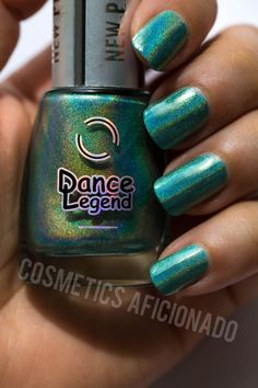 #holographicnailpolish #nails #mani #manicure #nailpolish