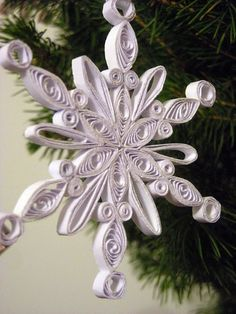 Quilling Cafe - Added by Elena Hoang on January 31, 2012
