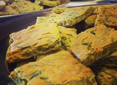 Farifrittata agli agretti e patate   (vegan)       - Vegan chickpea frittata with greens and potatoes