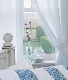 White Curtains + vase + flower = simple