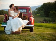 Debora Rouge | 14 Pinterest Boards That'll Inspire Your Perfect Lesbian Wedding
