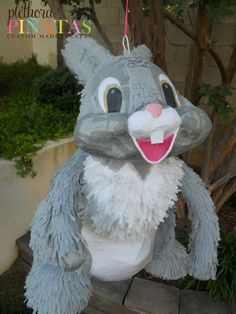 Thumper Pinata Bambi And Thumper, Chalkboard Art, Party Themes, Balloons, Projects To Try, Easter, Baby Shower, Crafty, Christmas Ornaments