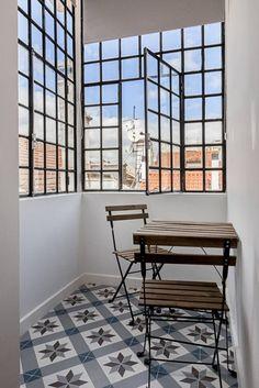 Double bedroom marquise: Terraços translation missing: pt.style.terraços.mediterranico por Home Staging Factory