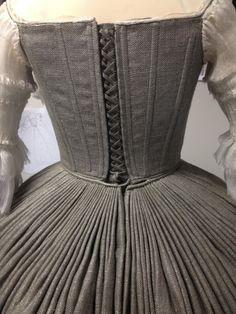 Outlander - Claire's Wedding Dress - back side details (18th Century)